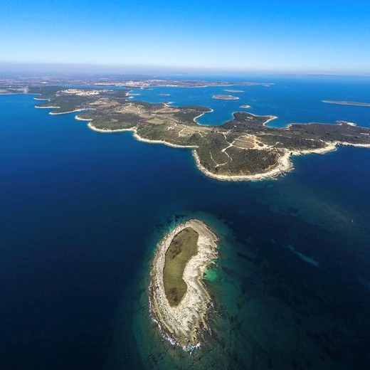 Full day lease / Private tour: Premantura - Cape Kamenjak - Porer - Medulin Bay - island Ceja - island Levan - Ližnjan